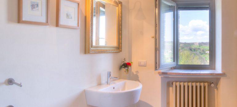 True-Umbria-Campo-Rinaldo_Bathroom_02