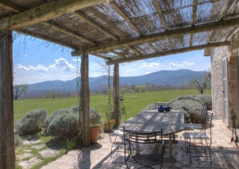 luxury villa in Umbria for rent