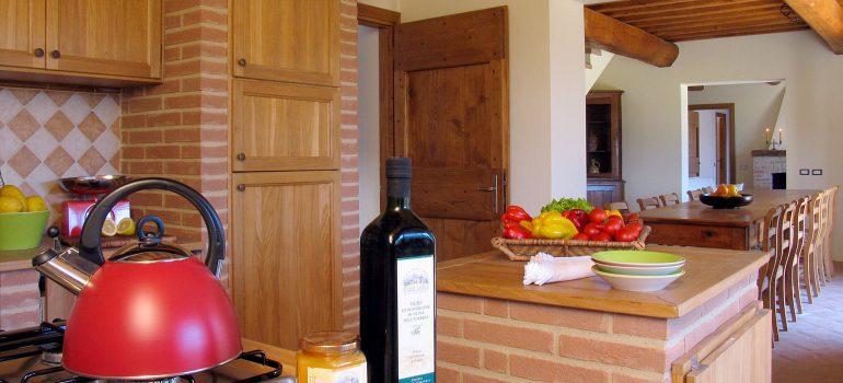 True-Umbria-Villa-Cipresso-Kitchen-01