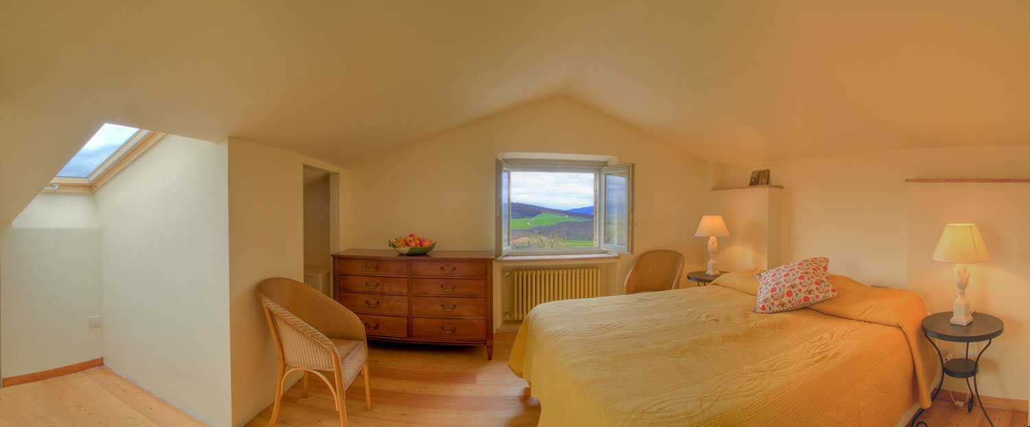Campo-Rinaldo_Room_True-Umbria
