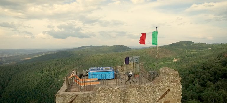 Falco Castle for rent in Umbria - Italy
